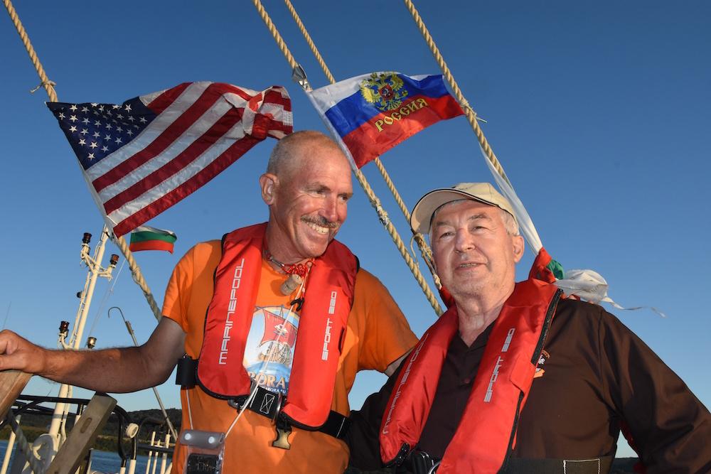 Sailing for Peace – Start der Abora IV